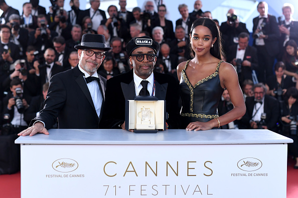 Palais des Festivals et des Congres「Palme D'Or Winner Photocall - The 71st Annual Cannes Film Festival」:写真・画像(4)[壁紙.com]