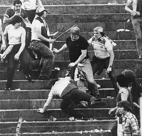 Soccer「Football Hooligans」:写真・画像(1)[壁紙.com]