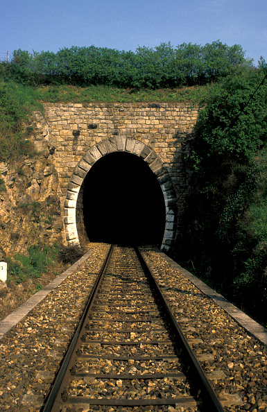 Circle「Railway Tunnel」:写真・画像(19)[壁紙.com]