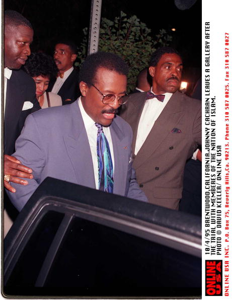 David Keeler「Johnny Cochran After The Trial With Members Of The Nation Of Islam」:写真・画像(18)[壁紙.com]