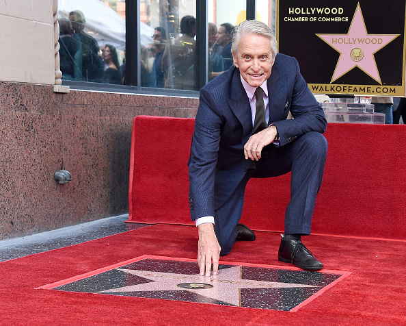 Walk Of Fame「Michael Douglas Honored With Star On The Hollywood Walk Of Fame」:写真・画像(5)[壁紙.com]