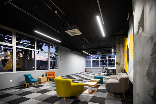 Building Atrium「Lobby of coworking space」:スマホ壁紙(16)