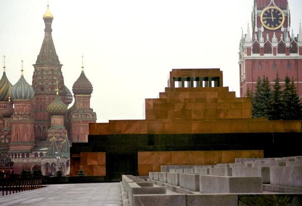 Moscow - Russia「Lenin''s Mausoleum Faces Debate in Russia」:写真・画像(13)[壁紙.com]