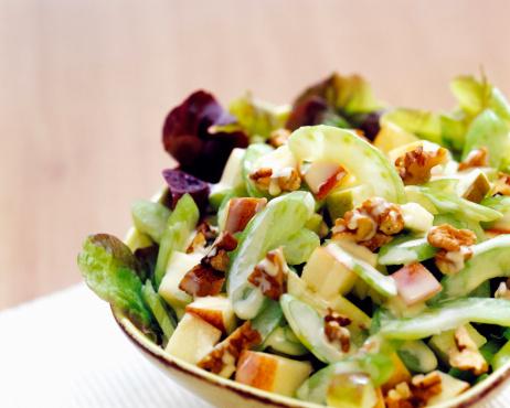 Walnut「Leaf salad, close-up」:スマホ壁紙(9)