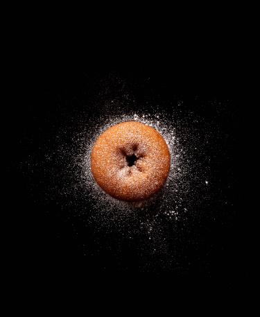 ドーナツ「Doughnut with powdered sugar」:スマホ壁紙(3)