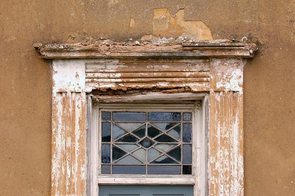 Window Frame「Damaged window frame.」:写真・画像(15)[壁紙.com]