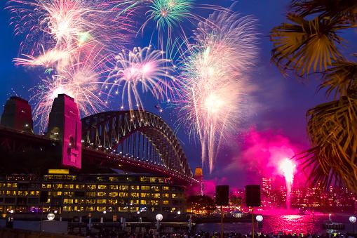 花火「シドニーの大晦日」:スマホ壁紙(7)