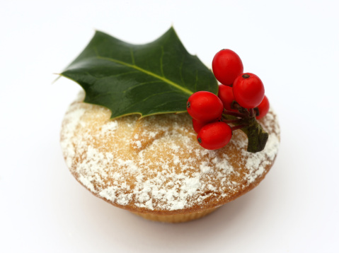 Mince Pie「Mince pie topped with holly leaf and red berries.」:スマホ壁紙(14)