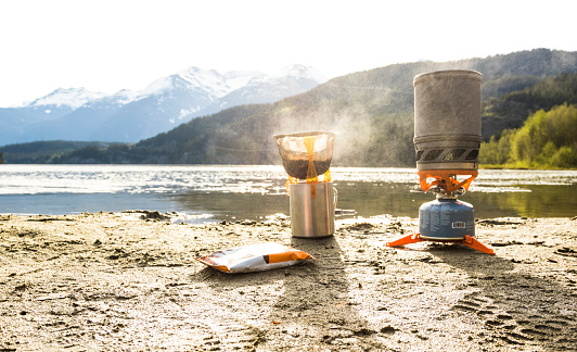 Camping Stove「Coffee being prepared on camp stove on shore of Green Lake, Whistler, British Columbia, Canada」:スマホ壁紙(8)