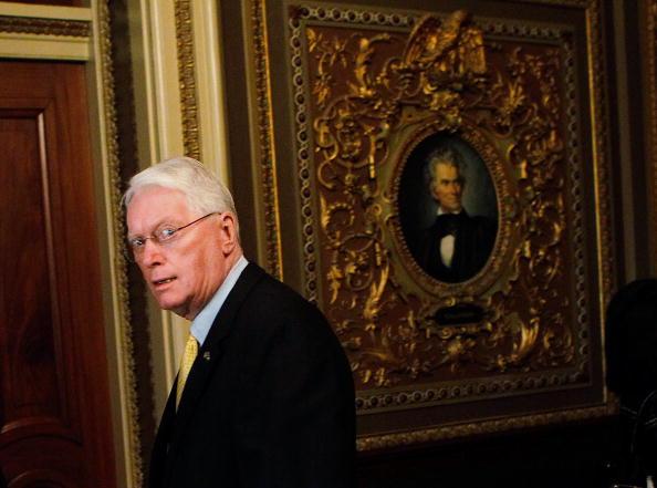 Insurance「Kentucky Senator Bunning Continues BlockOf  Unemployment Benefits Package」:写真・画像(6)[壁紙.com]