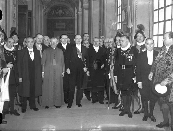 1949「De Gasperi Vatican 1949」:写真・画像(12)[壁紙.com]
