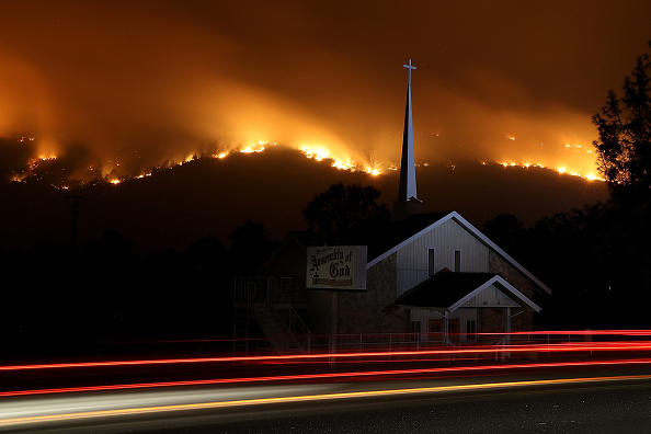 Justin Sullivan「Detwiler Fire Spreading Rapidly Threatens Historic Town Mariposa」:写真・画像(19)[壁紙.com]