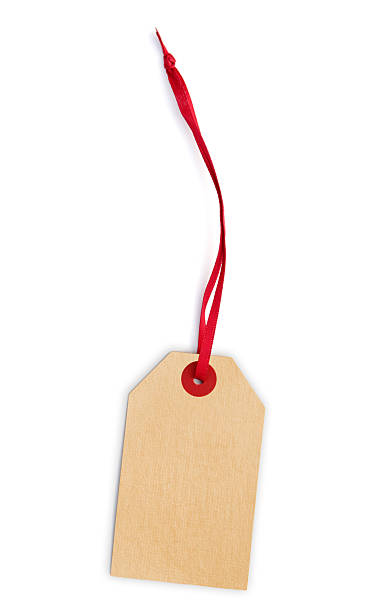 Blank, cream-colored, price tag on a red cord.:スマホ壁紙(壁紙.com)