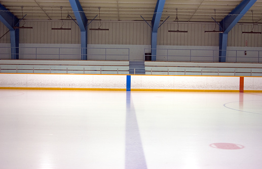 Hockey「A blue and red line on an ice rink」:スマホ壁紙(14)