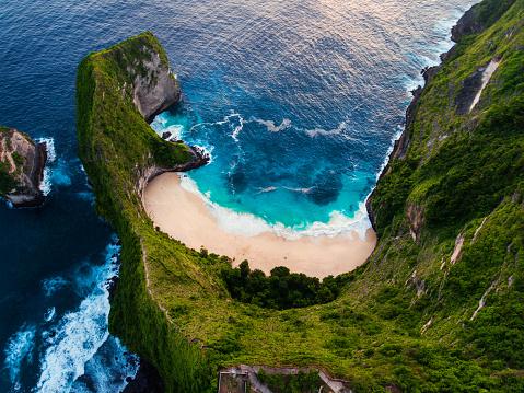 Manta「Kelingking beach aerial view, Nusa Penida」:スマホ壁紙(15)
