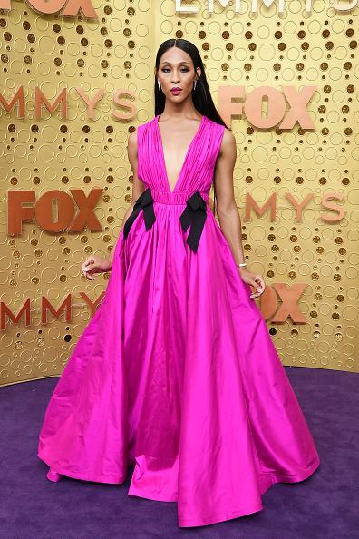 Hot Pink「71st Emmy Awards - Arrivals」:写真・画像(16)[壁紙.com]