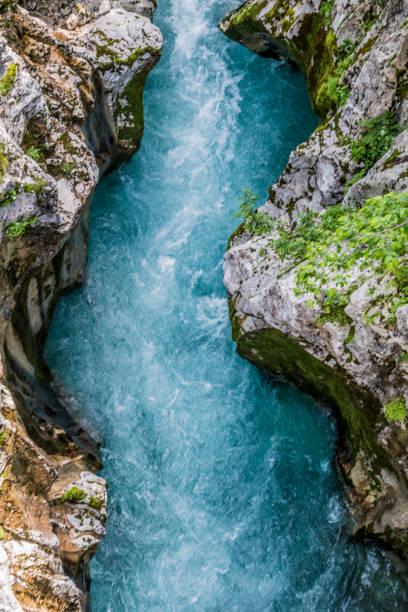 River Soca:スマホ壁紙(壁紙.com)