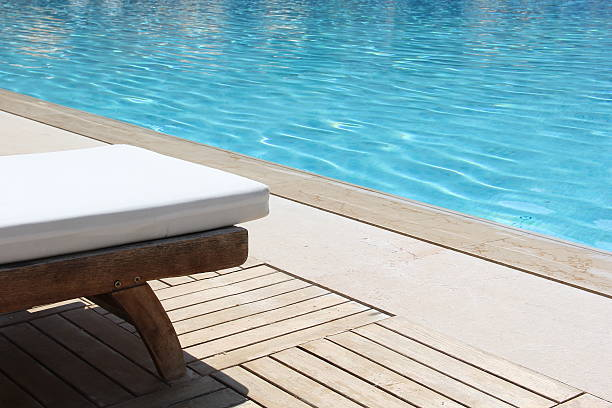 Tanning Beds in Resort:スマホ壁紙(壁紙.com)