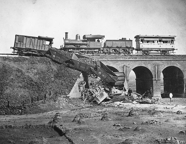 Train Crash「Railway Disaster」:写真・画像(14)[壁紙.com]