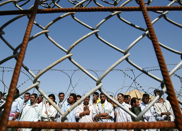 Abu Ghraib Prison「Further Prisoners Are Released From Abu Ghraib Prison」:写真・画像(14)[壁紙.com]