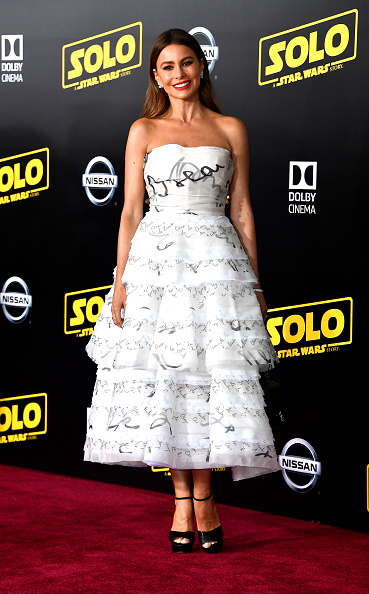 Frazer Harrison「Premiere Of Disney Pictures And Lucasfilm's 'Solo: A Star Wars Story' - Arrivals」:写真・画像(0)[壁紙.com]