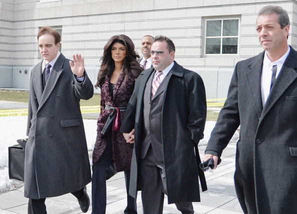 Hiding「Teresa And Joe Giudice Court Appearance」:写真・画像(15)[壁紙.com]