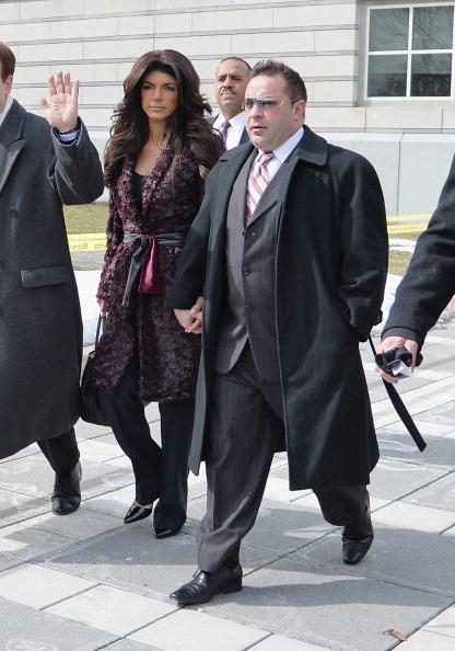 Hiding「Teresa And Joe Giudice Court Appearance」:写真・画像(18)[壁紙.com]