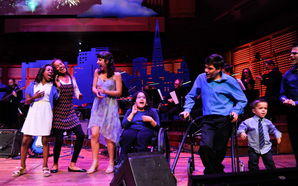 Stage - Performance Space「UCSF Medical Center And The Painted Turtle Present A Starry Evening Of Music, Comedy & Surprises」:写真・画像(1)[壁紙.com]