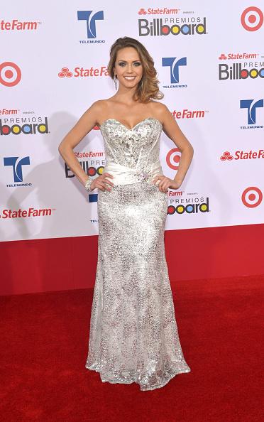 A-Line「Billboard Latin Music Awards 2012 - Arrivals」:写真・画像(7)[壁紙.com]