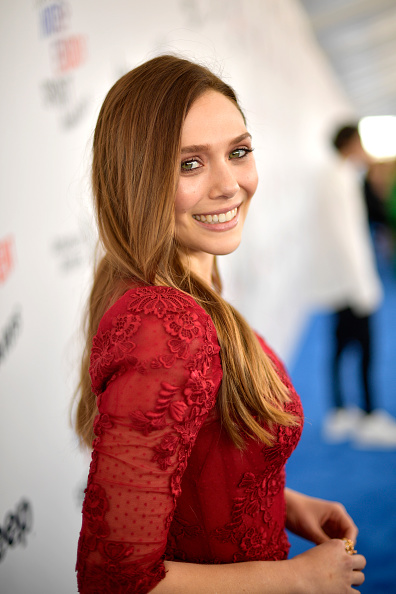 Elizabeth Olsen「2018 Film Independent Spirit Awards  - Red Carpet」:写真・画像(13)[壁紙.com]