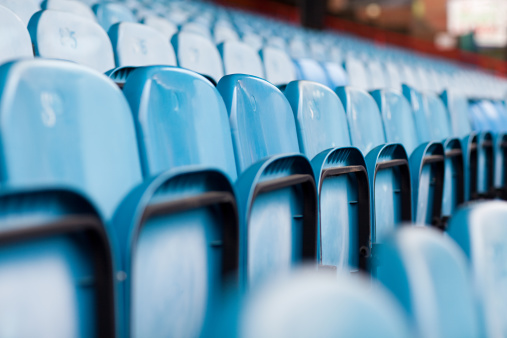 Diminishing Perspective「Empty seats in football stadium」:スマホ壁紙(15)