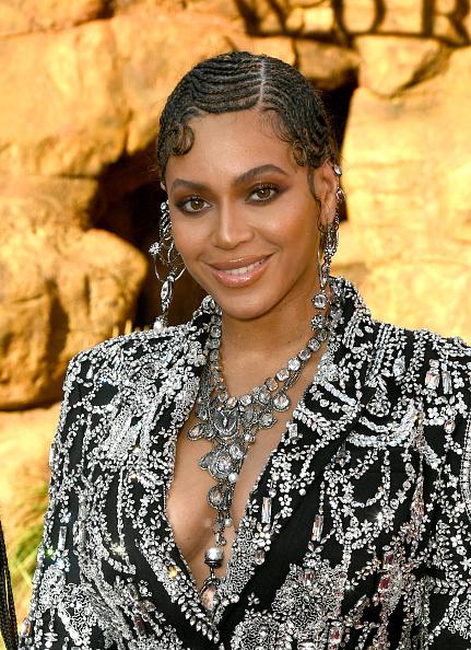 "Beyonce Knowles「Premiere Of Disney's ""The Lion King"" - Red Carpet」:写真・画像(17)[壁紙.com]"
