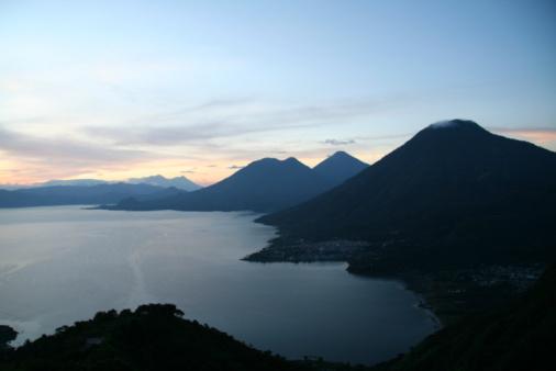Lake Atitlan「lake Atitlan Guatemala with volcanoes」:スマホ壁紙(14)