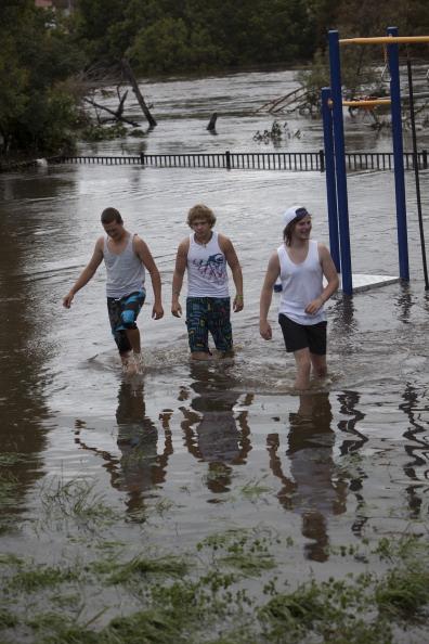 Torrential Rain「Queanbeyan Floods After Heavy Rainfall」:写真・画像(15)[壁紙.com]