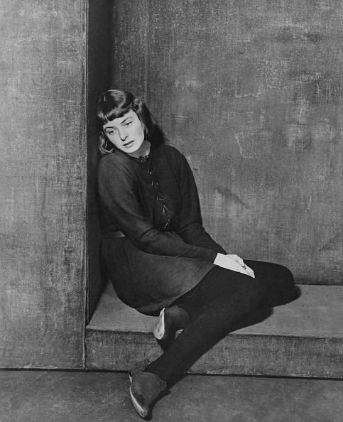 1人「Joan Of Lorraine」:写真・画像(15)[壁紙.com]