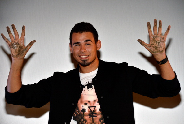 Mann Theaters「Afrojack Immortalized With Hand And Footprint Ceremony At The TCL Chinese」:写真・画像(15)[壁紙.com]
