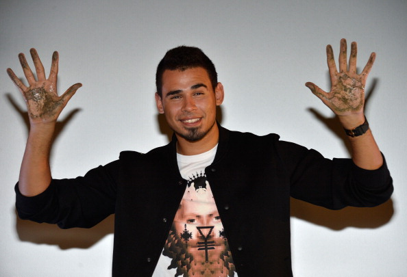 Mann Theaters「Afrojack Immortalized With Hand And Footprint Ceremony At The TCL Chinese」:写真・画像(19)[壁紙.com]