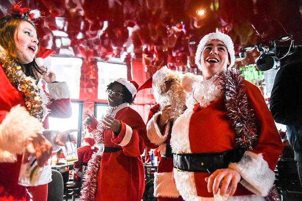 Holiday - Event「Annual Santacon Bar Crawl Takes Place Through New York City」:写真・画像(15)[壁紙.com]