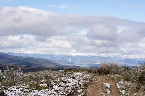 Camino De Santiago「Snow at Way of St. James, near Cruz de Ferro, Spain」:スマホ壁紙(16)