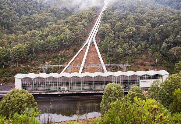 Snow「Murray 1 power station. Murray 1 is the 2nd largest power station in the Snowy mountains hydro scheme. It has 10, 95 megawatt turbine generators. Each turbine can generate enough electricity to power 95,000 homes. The whole snwy hydro scheme generates an」:写真・画像(14)[壁紙.com]