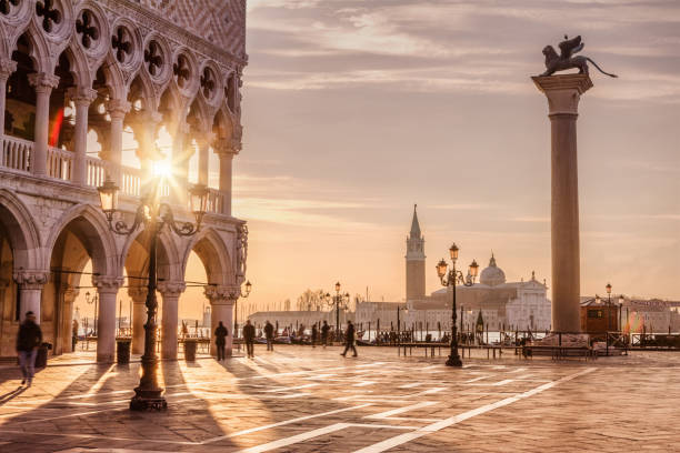 St. Mark's Square, Venice, Italy:スマホ壁紙(壁紙.com)