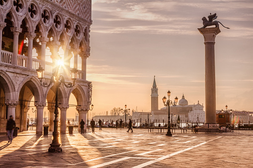 Italian Culture「St. Mark's Square, Venice, Italy」:スマホ壁紙(2)