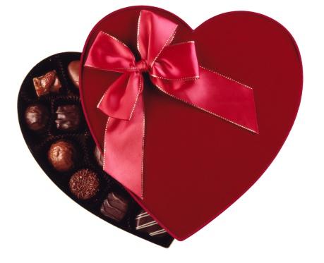 バレンタイン「Box of chocolates」:スマホ壁紙(1)