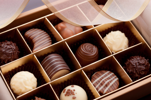 Sweet Food「Box of Chocolates」:スマホ壁紙(9)