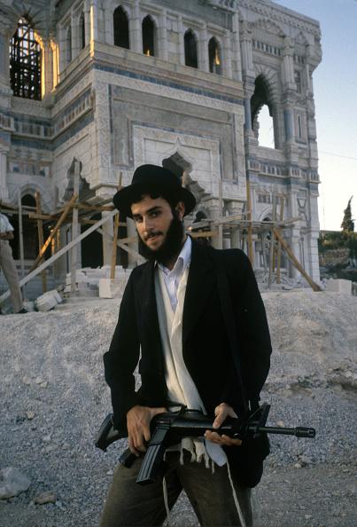 Romano Cagnoni「Armed Israeli In Hebron」:写真・画像(11)[壁紙.com]