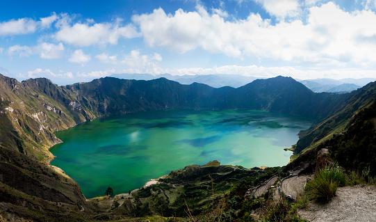 Volcano「Quilotoa lagoon, Cotopaxi, Ecuador」:スマホ壁紙(6)