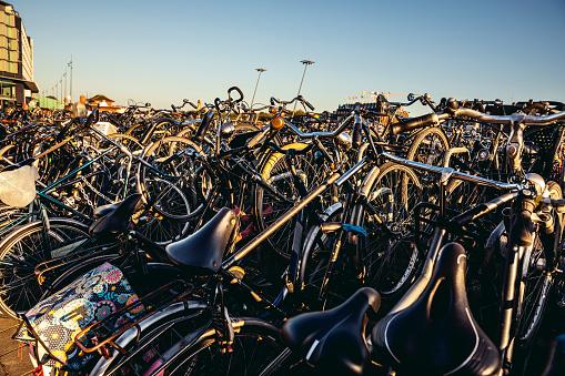Amsterdam「Amsterdam bicycle parking at Central Railway Station」:スマホ壁紙(17)