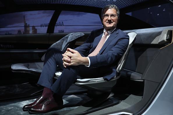 乗り物・交通「Volkswagen Preview Night At Frankfurt Auto Show」:写真・画像(17)[壁紙.com]