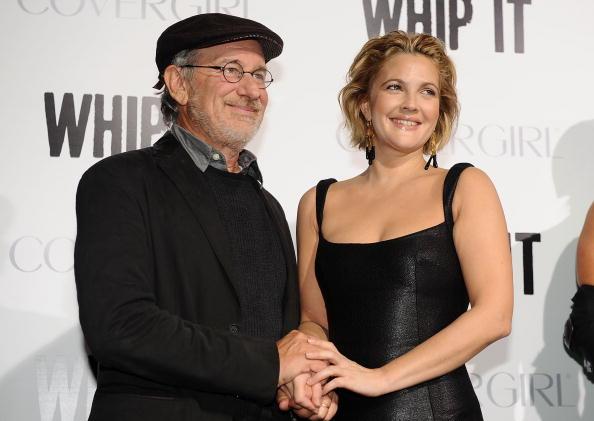 "Pencil Dress「Premiere Of Fox Searchlight's ""Whip It"" - Arrivals」:写真・画像(19)[壁紙.com]"