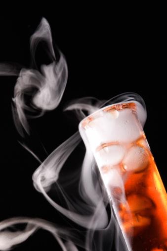 Dry Ice「Mysterious smoking liquid in test tube」:スマホ壁紙(16)